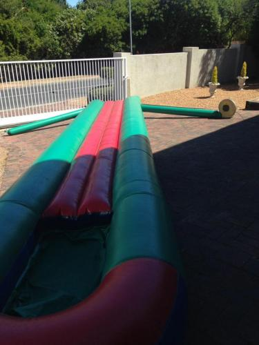 2 x 8m Single waterslide